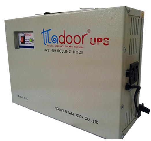 Bình lưu điện cửa cuốn Titadoor TU10